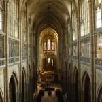 布拉格城堡圣维特大教堂内部