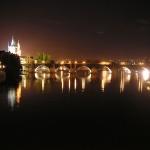 布拉格查理桥夜景