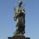 布拉格查理桥雕塑
