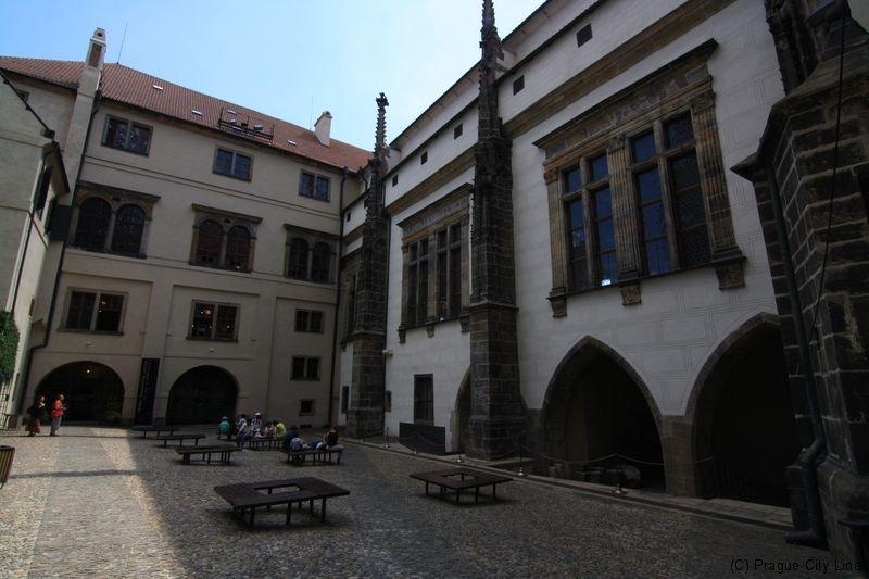 布拉格旧皇宫